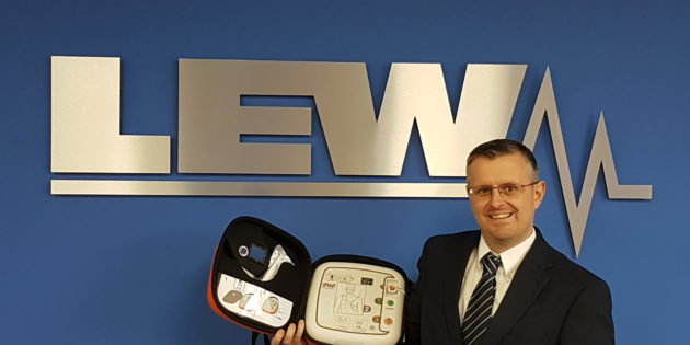 Big-hearted LEW Electrical to place defibrillators in all branches